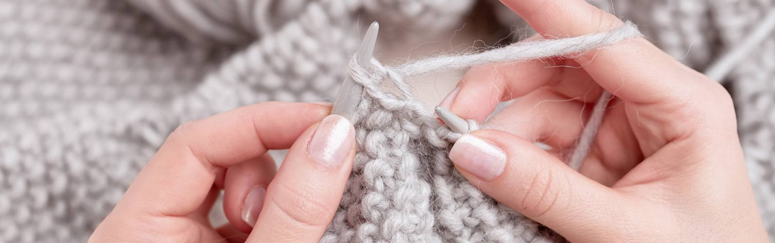 It's hip to knit! 7 simple knitting projects