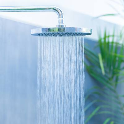 Summer shower hacks to save water (and cut your energy bills!)