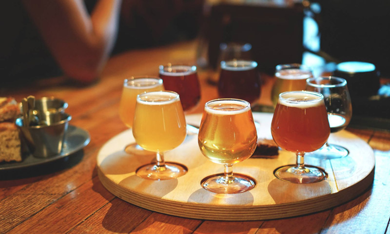 Enjoy 10 Craft beers for only £14 \