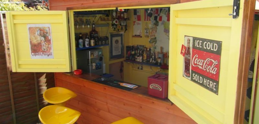 Shed turned into a Caribbean style beach bar