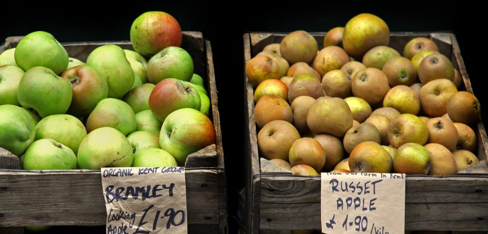 British apples on a market stall