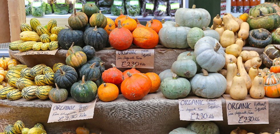 Squashes on a stall